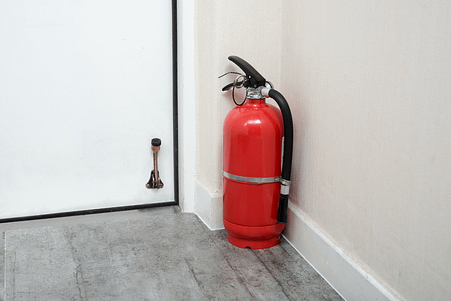 DO I NEED A FIRE EXTINGUISHER AT HOME